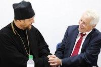 Астраханские священники и немецкие депутаты купят лекарства для жителей Донбасса