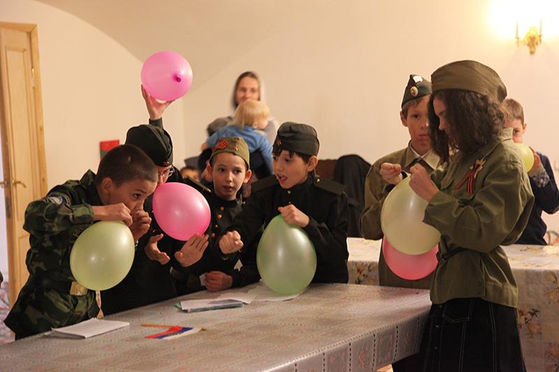 Воскресные школы города провели викторину, посвященную Дню Победы