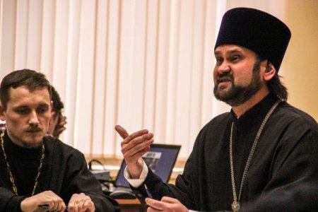 Астраханское духовенство обсудило вопросы воспитания молодежи в региональном Министерстве образования
