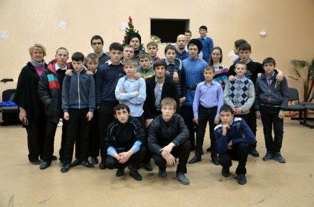 Молодёжь епархии поздравила с Рождеством воспитанников училища закрытого типа