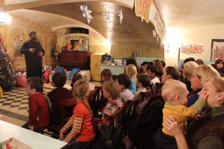"""В Астраханской епархии подвели итоги акции """"Дари радость на Рождество"""""""