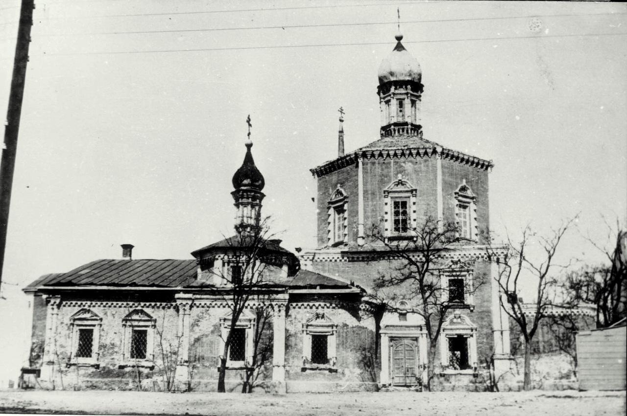 Выставка, посвященная истории Входо-Иерусалимского храма