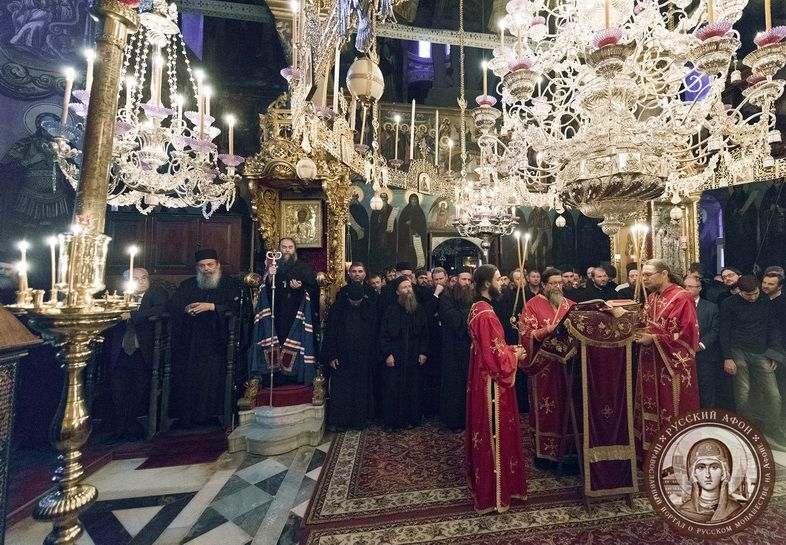 Митрополит Никон возглавил Божественную Литургию в Пантелеимоновом монастыре на Афоне