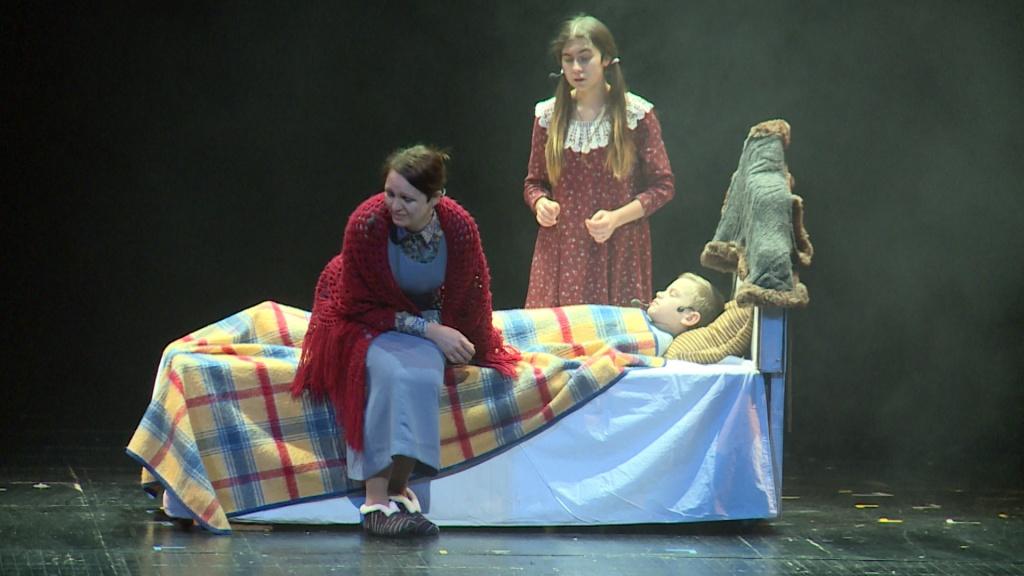 Видеосюжет ГТРК Лотос: На сцене Астраханского театра оперы и балета представили благотворительный спектакль