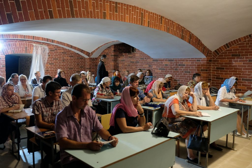 При Покровском соборе возобновили работу катехизаторские курсы