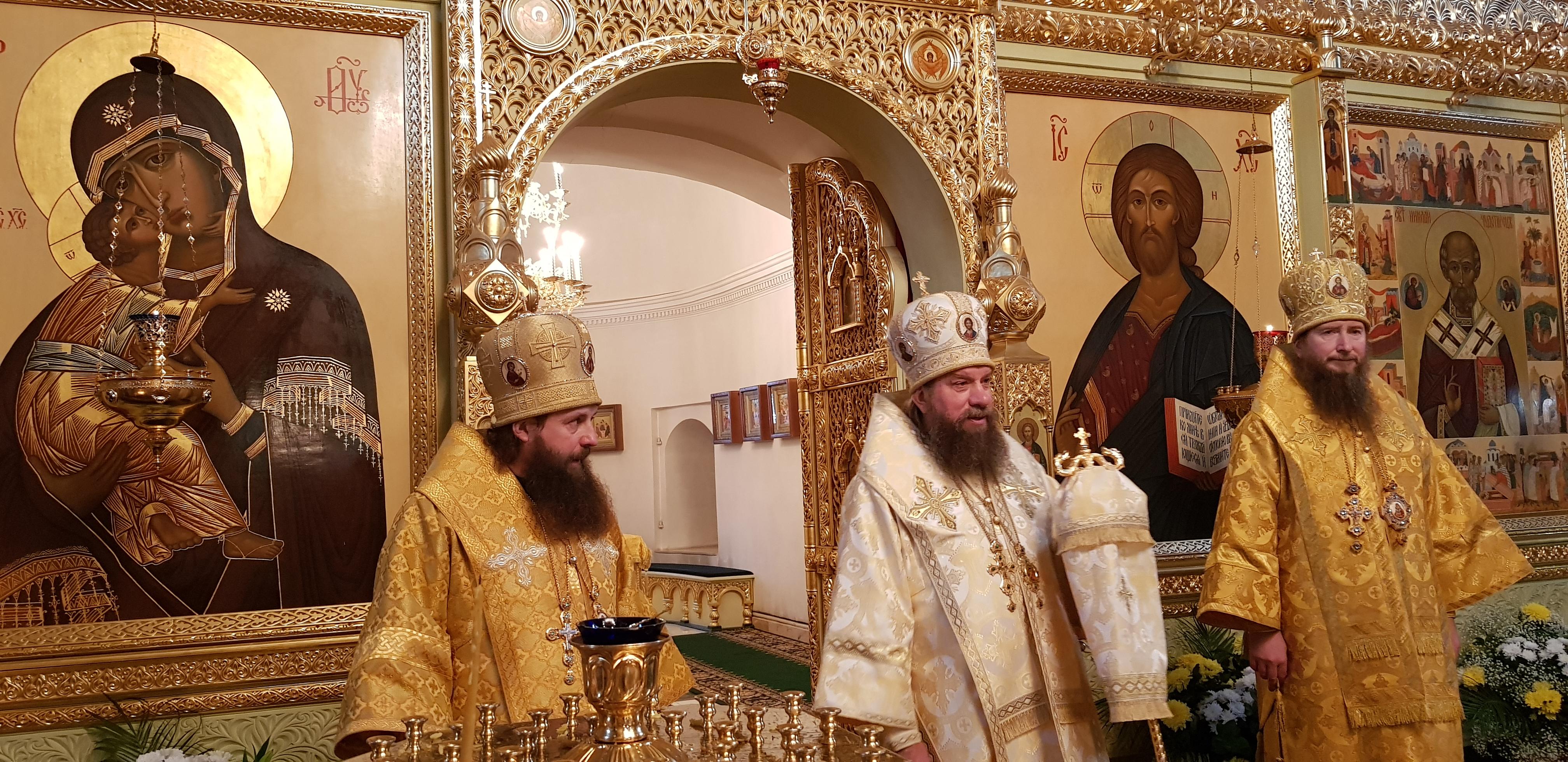 18 и 19 декабря, в дни празднования памяти святителя Николая Чудотворца, состоялись торжества в Николо-Шартомском монастыре