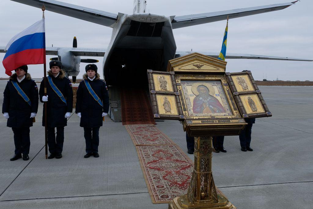 В Астрахань прибыла икона небесного покровителя ВКС и ВДВ России