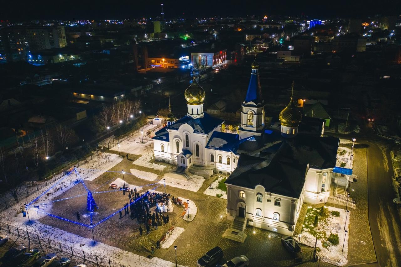 Праздник Крещения Господня: фоторепортаж. Астраханская митрополия, 2020