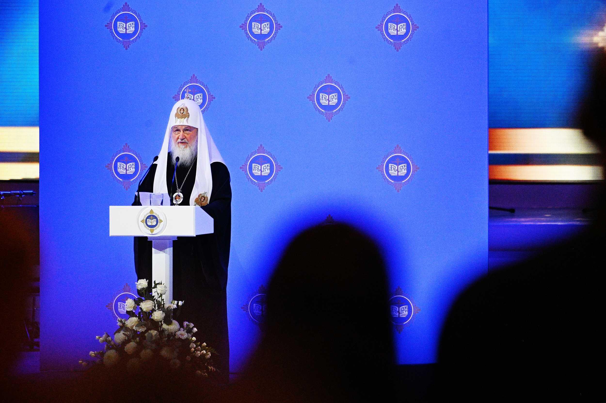 Святейший Патриарх Кирилл: Солидарность, единство народа, его возвращение к духовным корням стали источником и прочным основанием Победы