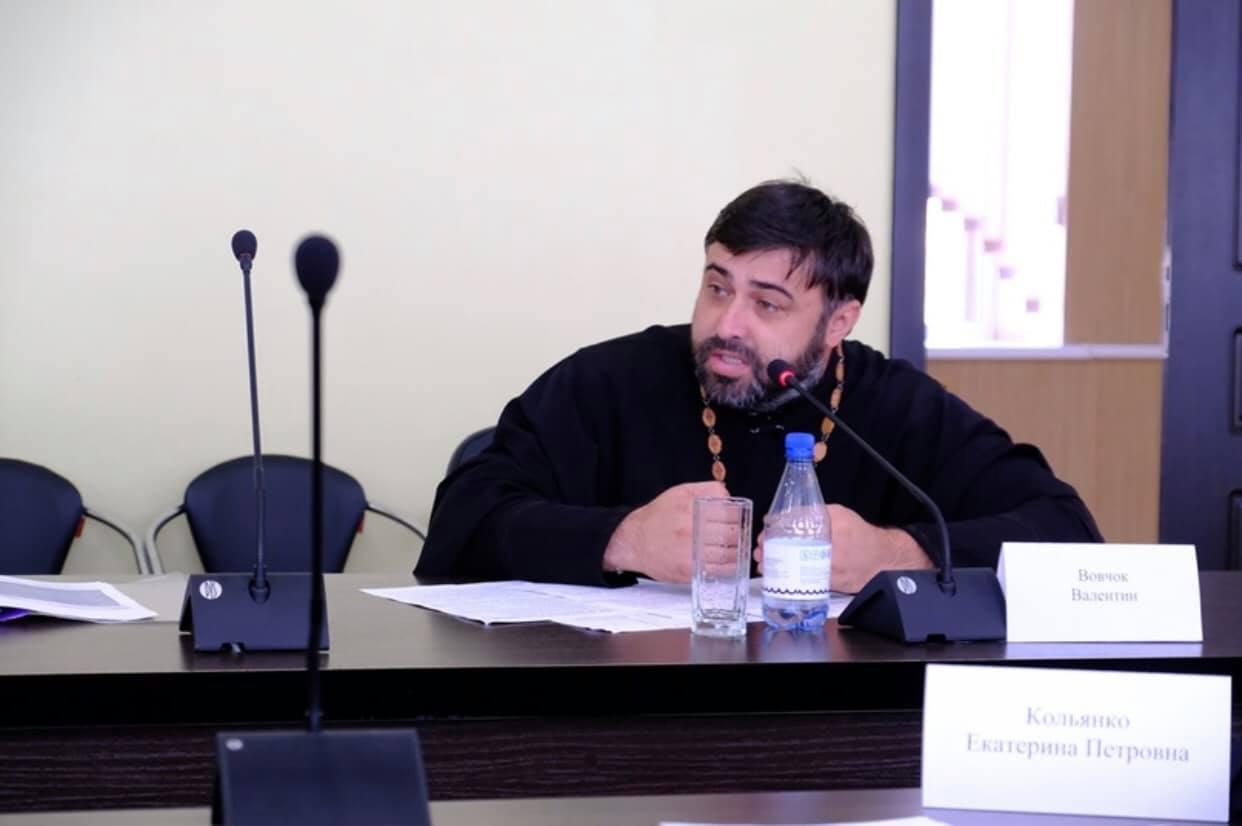Представитель Астраханской епархии принял участие в очередном заседании Комиссии по делам несовершеннолетних и защите их прав Астраханской области