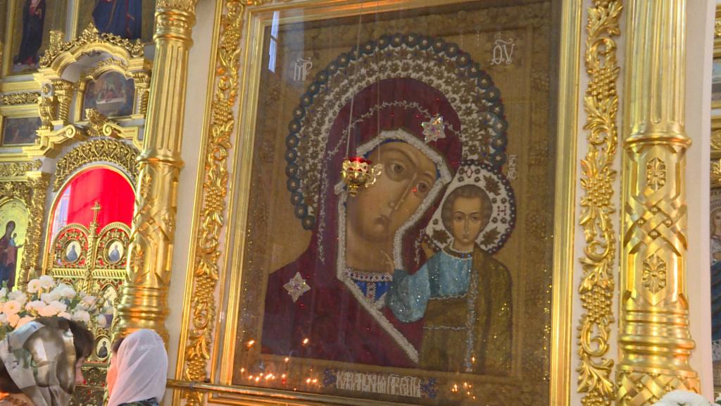 Видеосюжет государственной телерадиокомпании «Лотос»: Православные астраханцы отметили день Казанской иконы Божией Матери